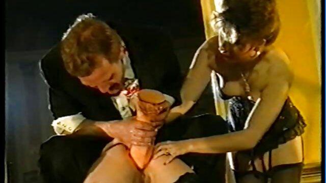 Süße mollige Brünette sexy gratis video fickt